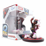 Q-Fig Diorama: Deadpool #unicornselfie