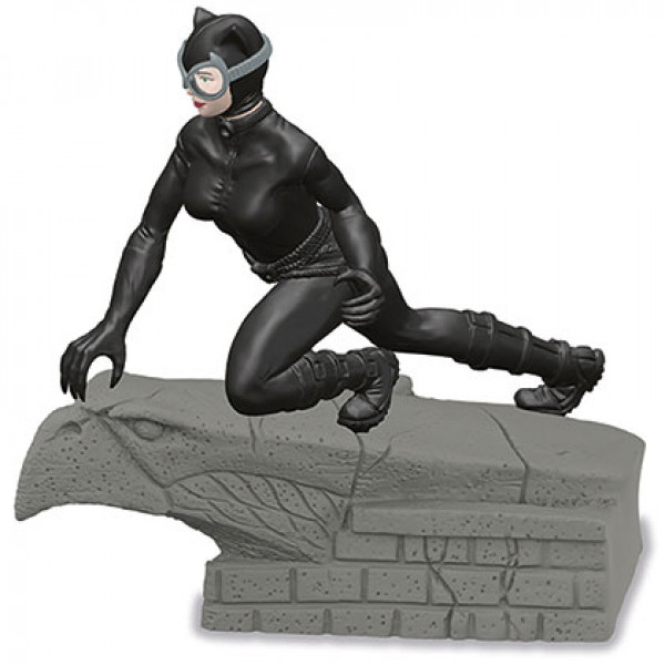 Figure: Schleich's DC #17 - Catwoman