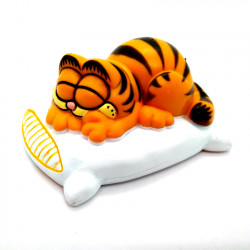Mini Figure: Garfield sleeping on a pillow