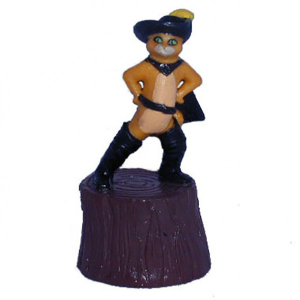 Mini figure: Puss in Boots on wood
