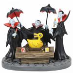 The Nightmare before Christmas Figurine: Vampire Brothers Prepare the Duck