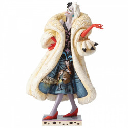 Disney Traditions: Devilish Dognapper (Cruella De Vil)