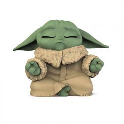 Star Wars Mandalorian Bounty Collection: The Child meditates